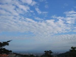 鵯越墓園から見た空(兵庫県神戸市)