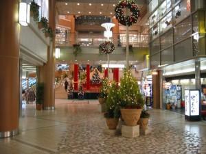 阪急宝塚駅付近のクリスマス風景(兵庫県