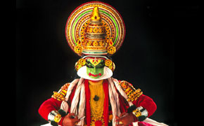 インド舞踊カタカリ ケララ州観光局より